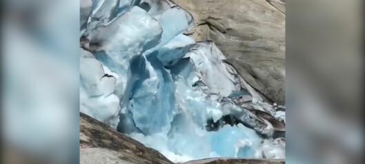 Turistane måpa då Nigardsbreen kalva – sjå video
