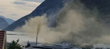 Tangingane reagerer på nye utslepp i helga – fabrikksjefen lovar betring