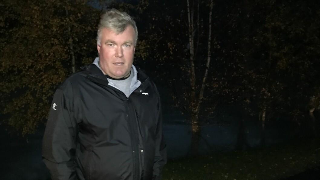 UROA: Luster-ordførar Ivar Kvalen seier flaumen har gjort stor skade allereie. Det er usikkert om situasjonen vert verre eller betre natt til måndag