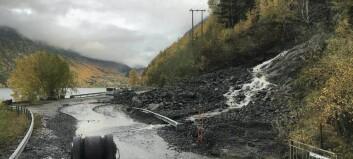 Vegen mellom Årdalstangen og Naddvik er opna att