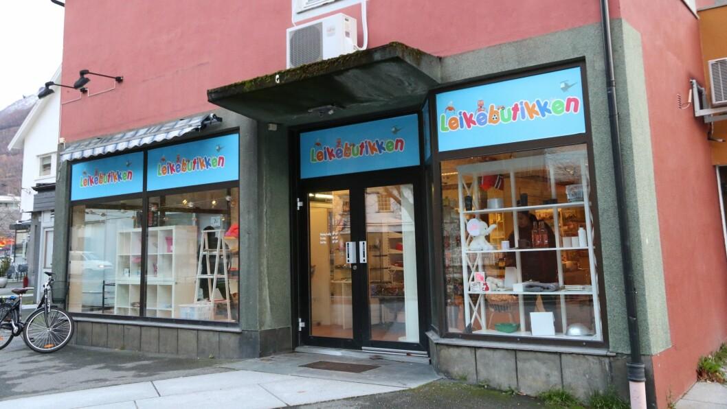 STENGER DØRENE: Britt Heggestad fortel av avgjerda om å stenga leikebutikken var noko ho tenkte på lenge, men at ho vart letta då avgjerda var teken.
