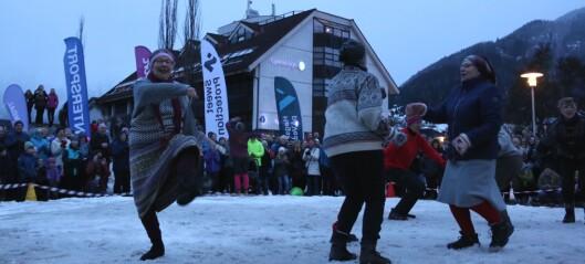 Skiballett-seniorane greidde nesten å hamla opp med ungdomen