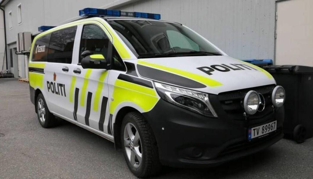 SLÅSS: Politiet rykte ut til ein slåsskamp i Sogndal i natt.