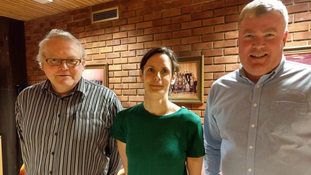 TRIO PÅ TOPP: Per Steinar Sviggum, Marit Aakre Tennø og Ivar Kvalen er dei tre toppkandidatane til Senterpartiet i Luster før valet til hausten.