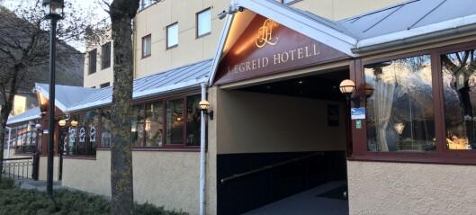Kverulante hotellgjester måtte snakka med politiet: – Det kan vera greitt å få litt hjelp