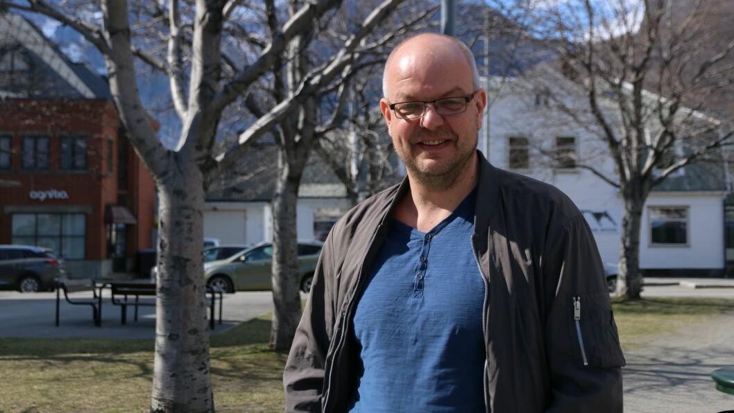 HISTORISK: Hilmar Høl har vore innom dei fleste politiske verva. No er han ein av 21 som vart vald inn til Arbeiderpartiet sitt sentralstyre, og dermed historisk som den første årdølen.