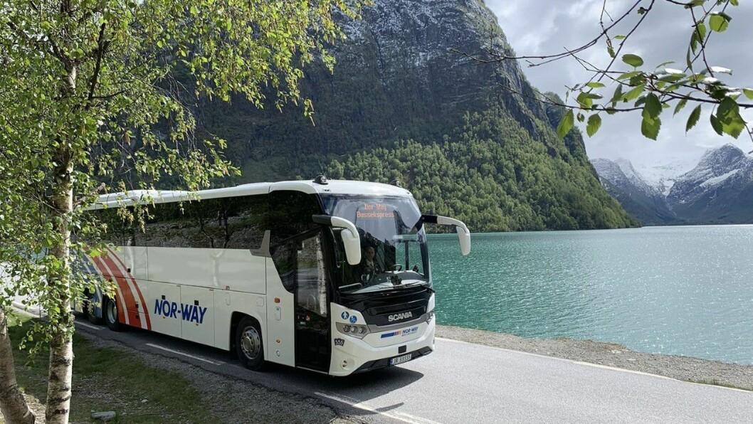 VIKTIG: Tide vil leggje vekt på at bussruta korresponderer med annan kollektivtransport i regionen på viktige knytepunkt langs traséen, slik som Årdal, Lærdal, Aurland, Vik og Luster.