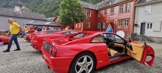 Ferraritreff i Lærdal – sjå bilete