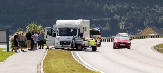 Tilhengar på villspor trefte bubil i Sogndal