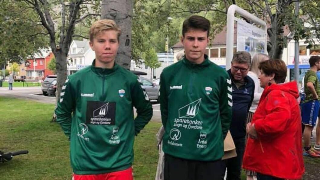 VINNAR: Gard Reppen Vigdal(t.v) var dagens vinnar samanlagt. Her med klubbkamerat August Sveen.