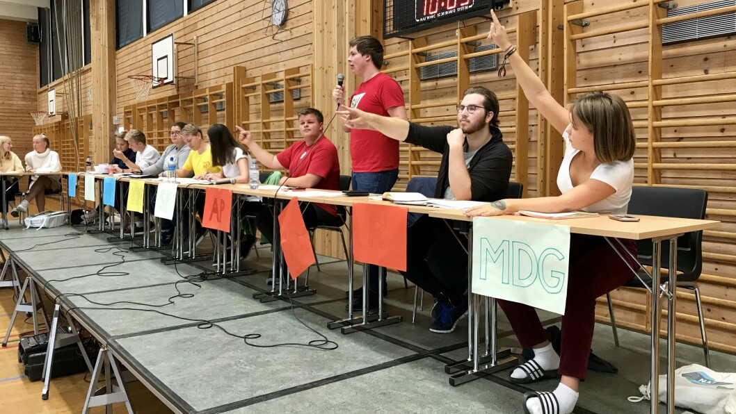 FLEIRTAL: I skulevalet på Sogndal vidaregåande stemde45,4 prosent av elevane på Arbeiderpartiet.