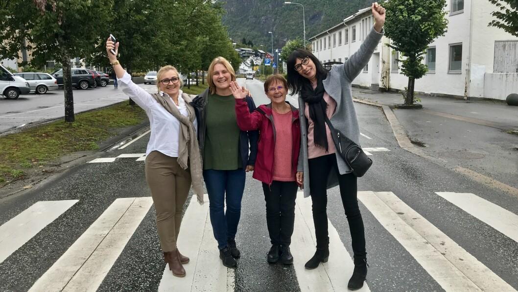 GLAD KVARTETT: Rita Navarsete (Frp), Trude Risnes (V), Margrete Haug (KrF) og Gunnhild Bøyum (H).