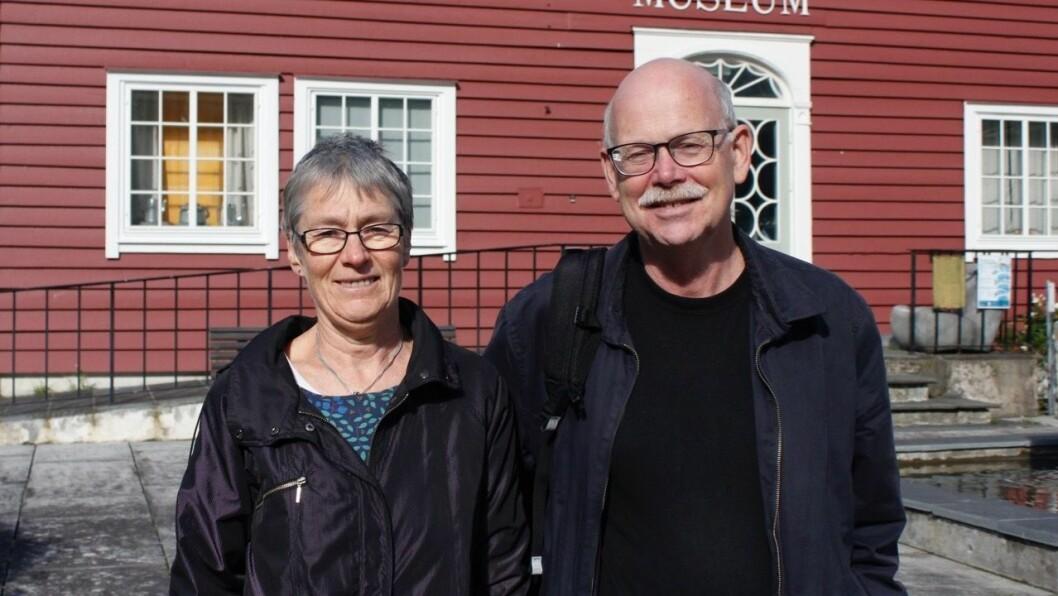 NØGDE: Andrekandidat Ingunn Kandal (t.v.) og førstekandidat Einar Rysjedal kjem truleg begge inn for Raudt i kommunestyret neste periode. Dei håpar å få med seg ein tredje representant.