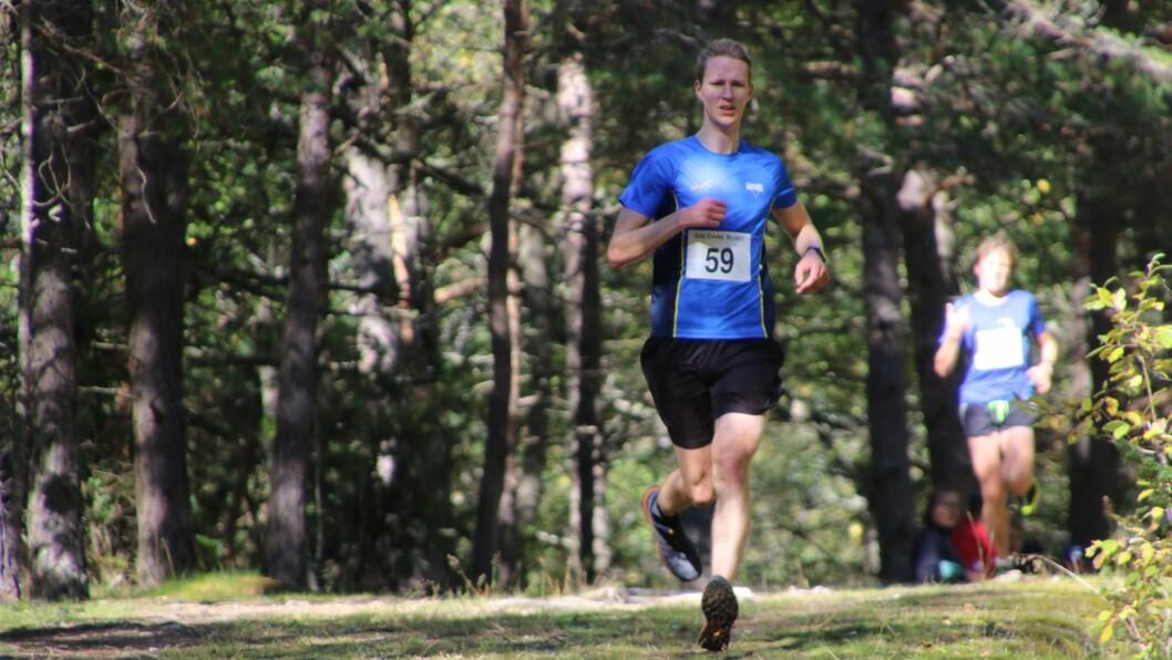 VINNAR: Bjørn Rusten Lundberg frå Varegg Fleiridrett, tok sigeren med tida 34:05.