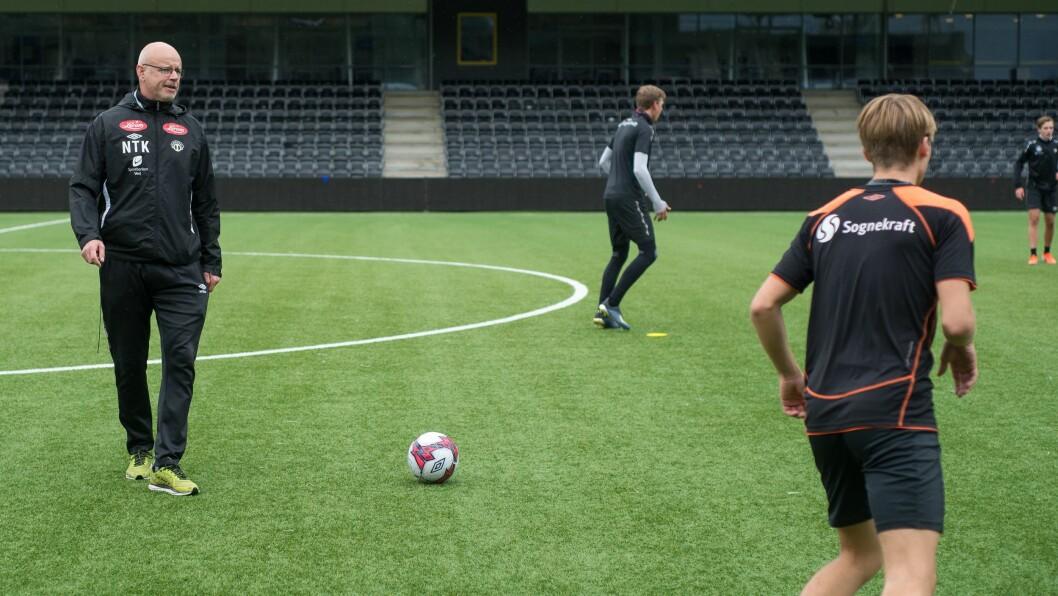 SPELARUTVIKLING: Trenar Nils Tore Krosshaug seier dei gode resultata i cupen er gevinst frå det utviklingsarbeidet Sogndal har drive med over lang tid.