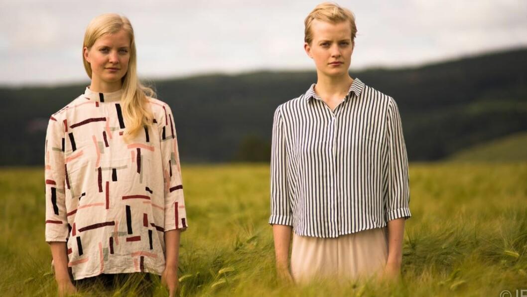 DANSEDUO: Berit og Anna Einemo Frøysland (27) er unge, men har drive med dans i snart to tiår.