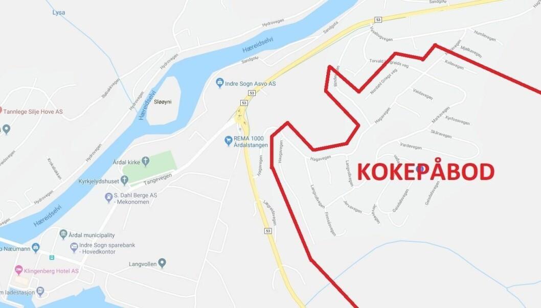 KOKEPÅBOD: Bustader i dette området som ikkje er råka, skal ha fått melding.