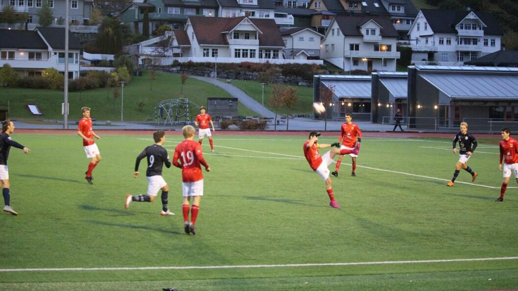 Det var ikkje så alt for mykje som skjedde i siste kampen for 4.divisjonslaga, og Høyang enda på 8.plass, og Studentspretten på 4. på tabellen.