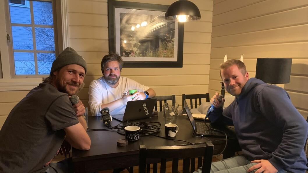 NESTE EPISODE: I neste episode får Jo Marius Bøyum (i midten) og Sverre Berg Enitch (til høyre) besøk av Ole Kristian Strøm.
