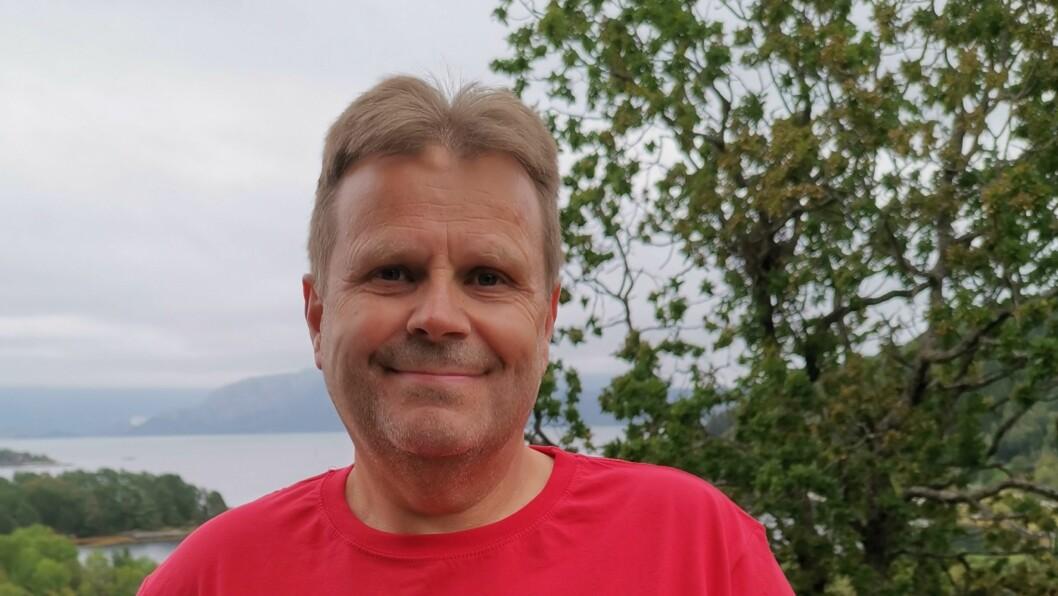Odd Harald Eide seier målet i denne runden med fiberutbygging er å dekke 100%.