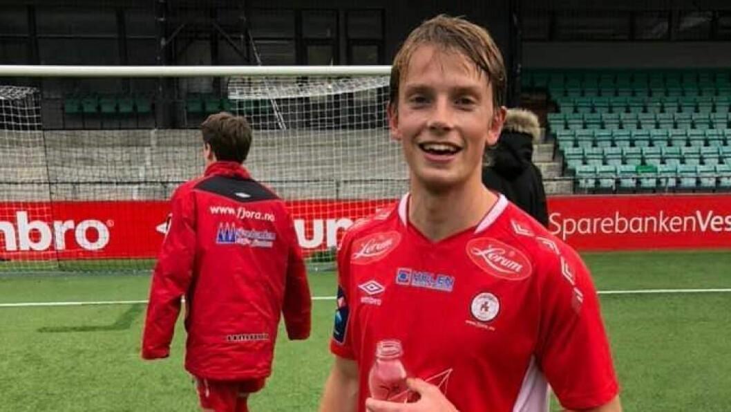 GOD DAG PÅ JOBB: Sindre Jensen kom til Fjøra frå Studentspretten før årets sesong. I siste serierunde kunne han endeleg jubla for mål.