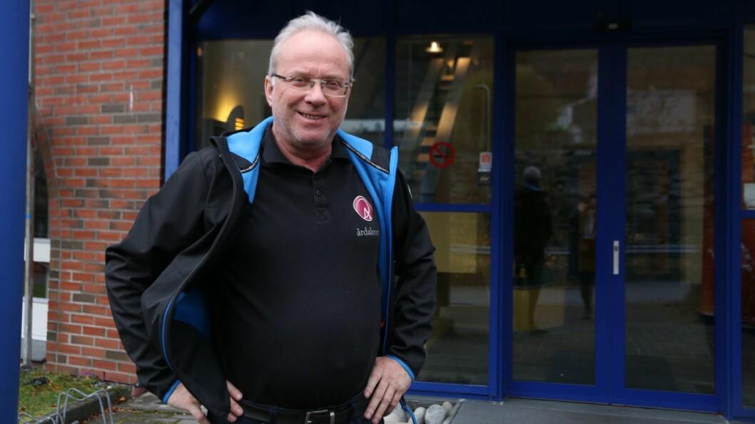 SISTE DAG: Torsdag har Odd Øren sin siste dag som dagleg leiar for Årdalsnett, på fredag tek Jan Stian Smedegård over.