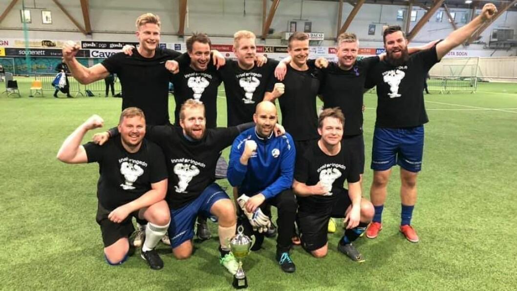 VINNARANE: Innaføringadn kjempa seg til seier for andre år på rad i Kjempenes liga.