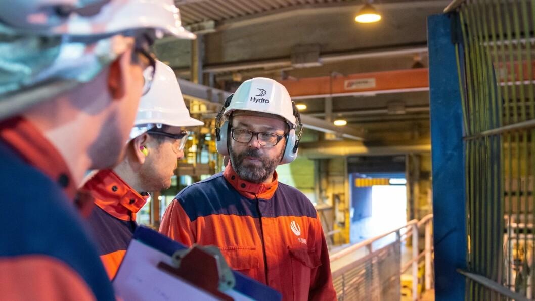 NY: Arne-Martin Kjærland gledar seg til å flytte til Høyanger og starte opp som fabrikksjef ved metallverket der.