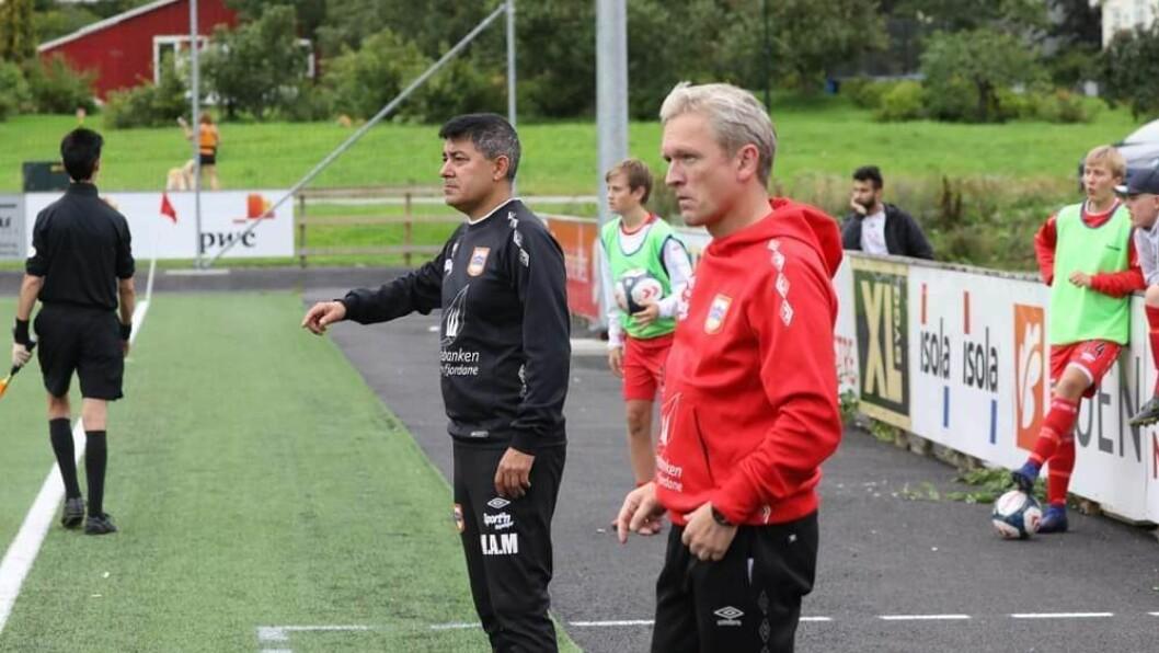 GLAD: Miguel Maureira (t.v.) var ikkje i tvil om at han skulle takke ja til jobben som hovudtrenar for herrelaget til IL Høyang.
