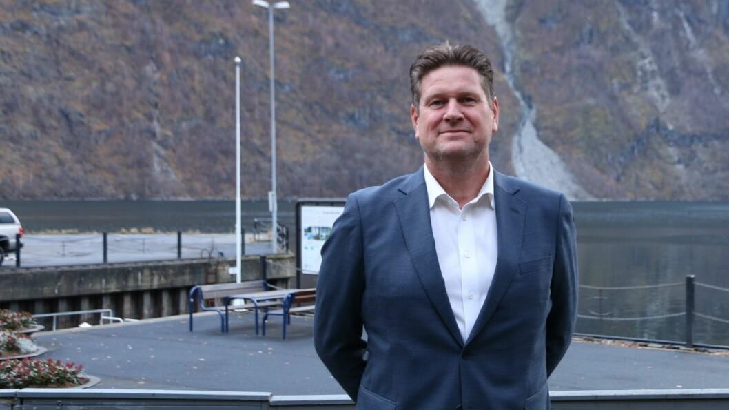 - EI OPPLEVING: Dagleg leiar Sigmund Vika vil gjera Klingenberg hotel til ei oppleving. Noko han skal satsa stort på er mat, særs frukosten på hotellet.