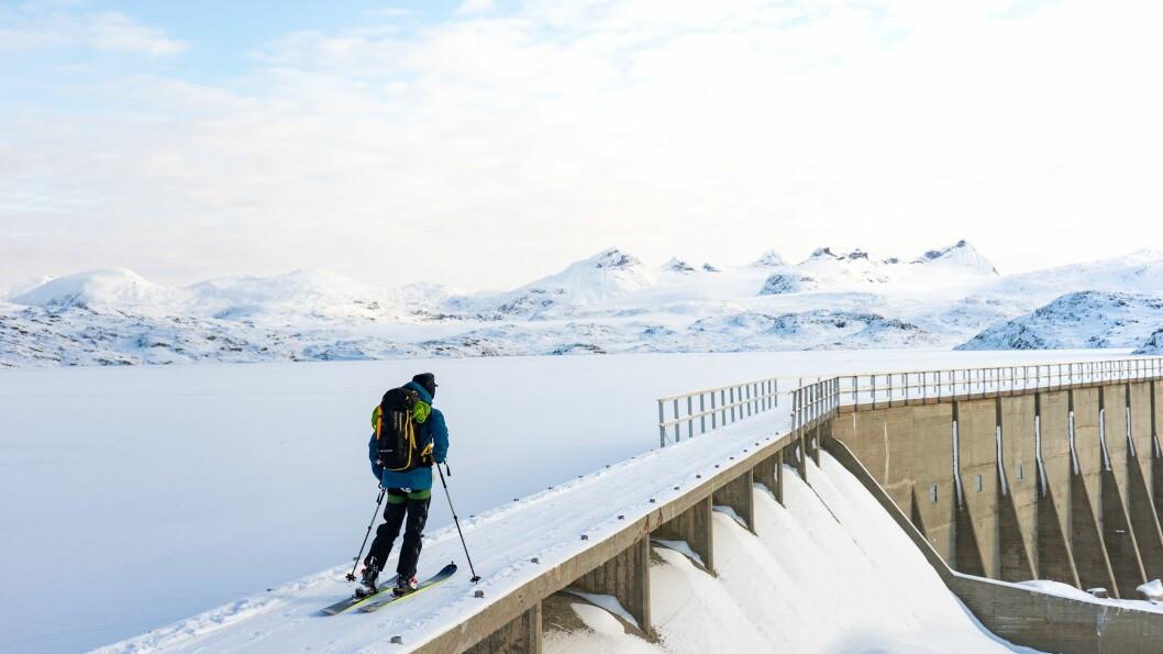 SOGNEFJELLET: Stø kurs mot Steindalsnosi.