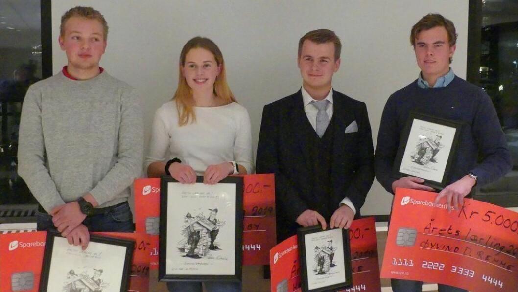 KÅRA: Jakob Ruud (t.v), Anna Mathilda Øsleby, Henrik Bakke og Øyvind Drageset Remme vart alle utnemnd til Årets lærling i Vest.