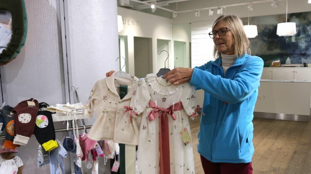LOKALE KUNSTNARAR GÅR SAMAN: Lokale kunstnarar frå Lærdal og Årdal har gått saman om å laga butikk i desember, kalla Julebui Pop-up.