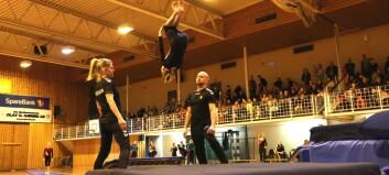 Turnoppvisning i Årdalshallen: – Har aldri vore noko ballsportmenneske