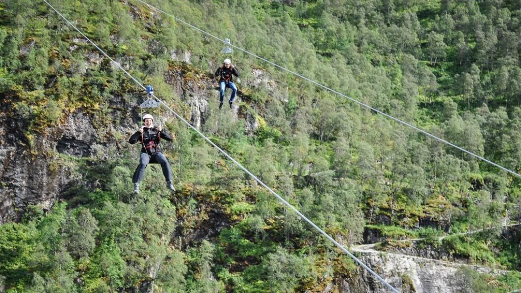 LUFTIG: Flåm Zipline har ein kapasitet på 40 personar i timen.
