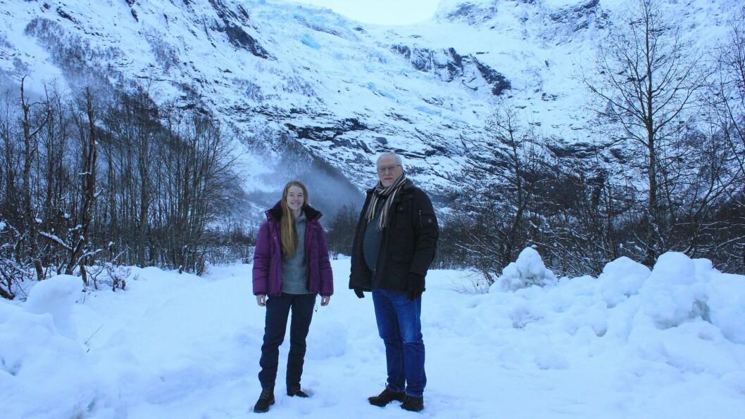 VIL SATSA: Karianne Dvergsdal Bøyum og Kjell Fodnes er to av grunneigarane som håpar å realisera den nye innfallsporten.