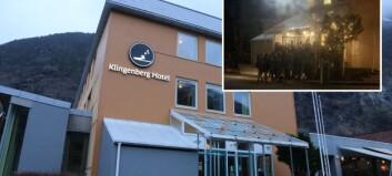 Fleire titals gjestar stod i kø for arrangement i Årdal - kritiserer informasjon frå arrangør