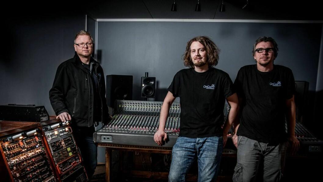 FRÅ VENSTRE: Bjarte Johansen, Stig Aron Kamonen og Bjørn Randal, som driv OnCue.