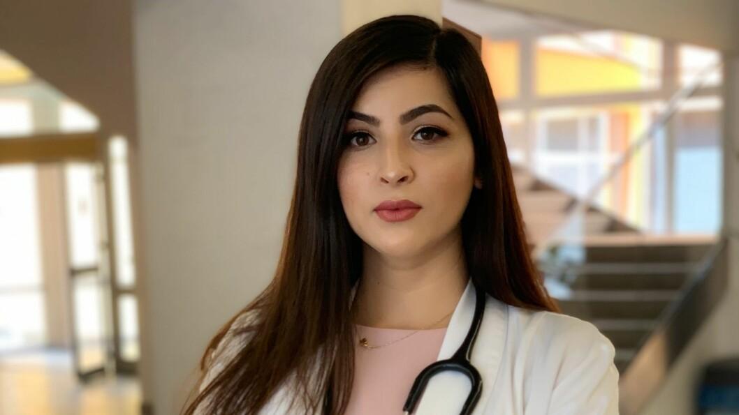 LÆRERIKT: Farmeen Afsar Kahn ventar at tida hennar i Gulen vil verte lærerik og by på nye utfordringar. Det liker ho.