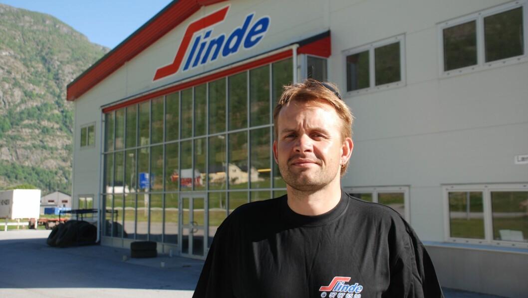 FASTLÅST: Slinde Transport, her representert ved dagleg leiar Arne Slinde Ahlin, har klaga på ein ny reguleringsplan på Håbakken, som gjer at dei mister den direkte avkøyrsla dei i dag har til E16.