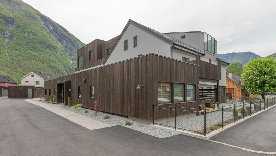 Den siste av leilegheitene i Storevegen 28 i Årdal blei selt for 975 000 kroner.