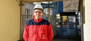 Ny fabrikksjef på plass i Høyanger: – Fleksibiliteten og kompetansen her er ein styrke