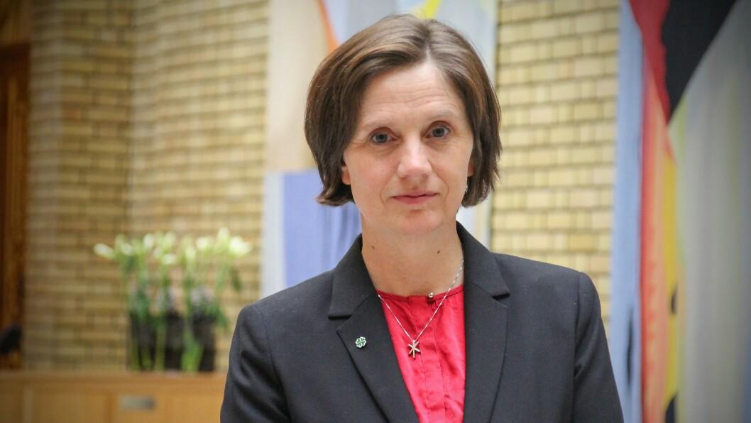 KRITISK: Stortingsrepresentant Kjersti Toppe (Sp) er kritisk til at NVE føreslår å framleis nytte kunnskapen for den skrota nasjonale ramma for vindkraft i lokaliseringsspørsmål kring vindkraftverk.
