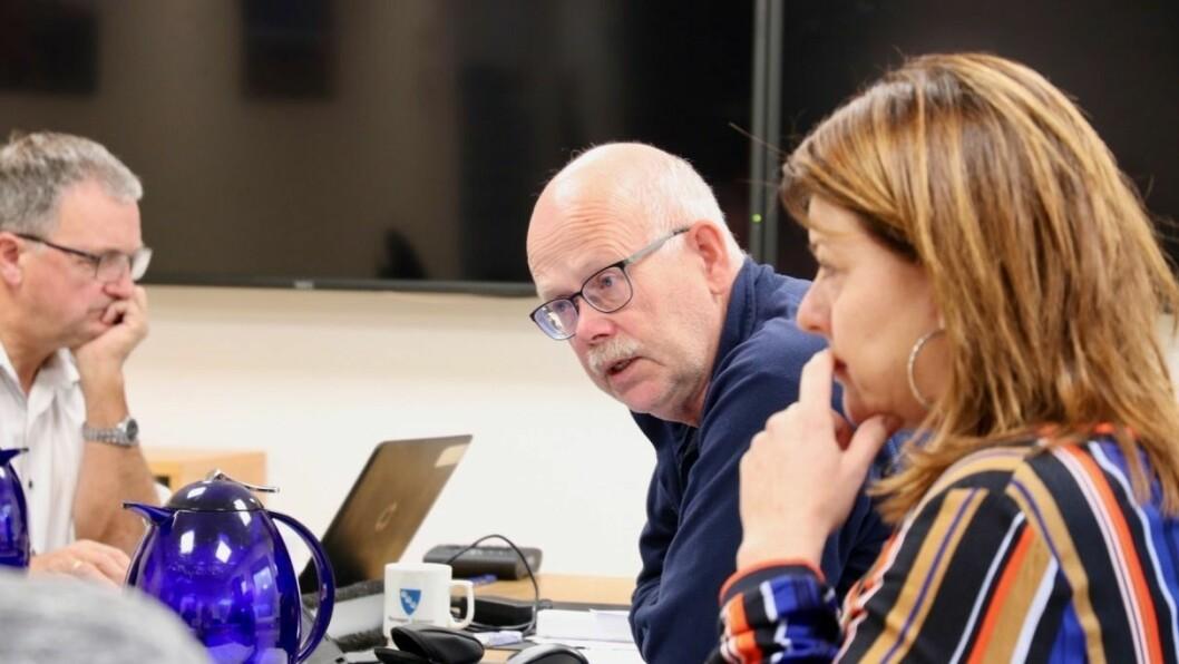 UNDERSØKING: Einar Rysjedal (R) meiner det er viktig å undersøke korleis brukarane av helse- og omsorgstenestene i kommunen oppfattar dei.