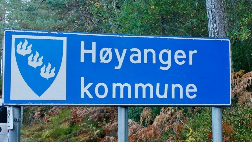 Høyanger kommune melder fredag om eit nytt smittetilfelle av koronaviruset.