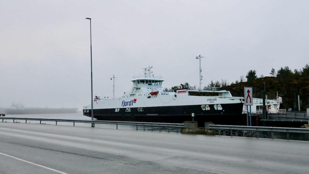 I RO: Ferja M/F Storfjord har stått over mange turar på grunn av vêr og  vind i vinter.