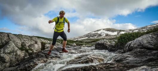 Arrangerer nettføredrag for å dele erfaringane sine som fjellførar