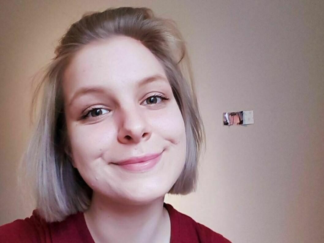 Sofie Geithus visste ikkje at ho ville bli sjukepleiar før ho hadde jobba to år på sjukeheimen i Balestrand.