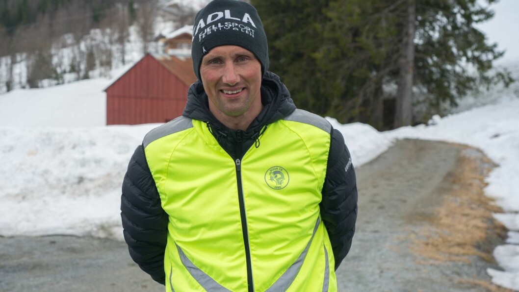 PRISVINNAR: Vegard Skjeldestad starta Vegards Krefttråkk for å samla inn pengar til kreftråka barn. Her frå ei aktivitetshelg i Hodlekve i 2018.