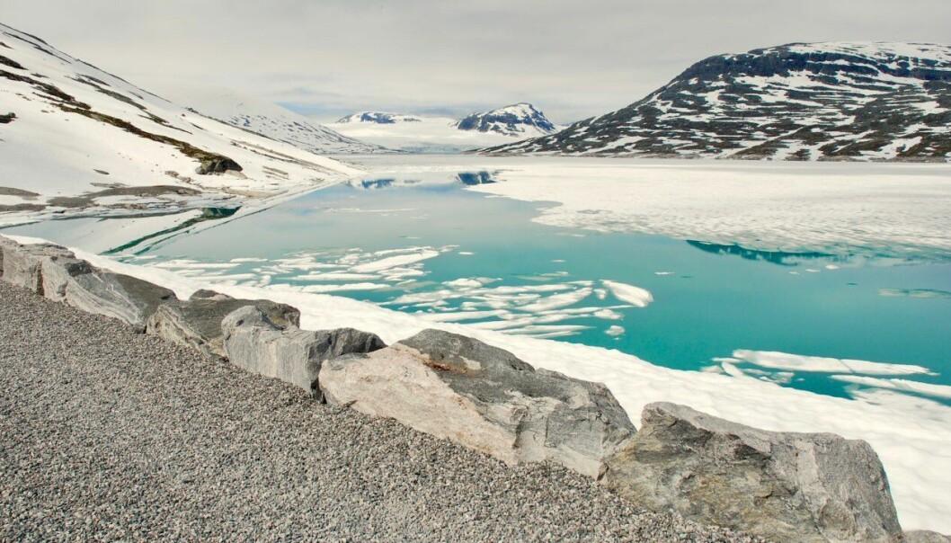 HØGFJELLET: Denne veka kan du forventa snø i høgfjellet. Grensa er sett til seks til åtte hundre meter.